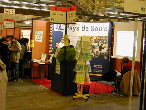 Le salon de l 39 tudiant 2003 bordeaux for Porte ouverte salon etudiant